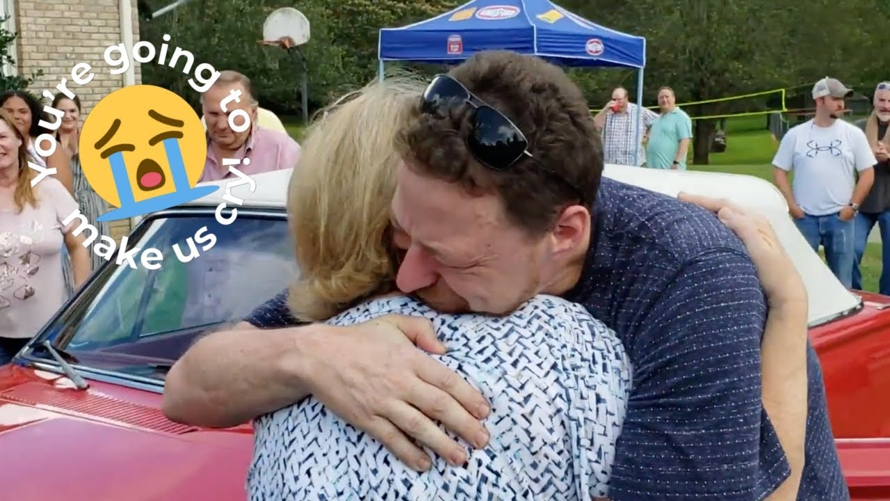Son Surprises Mom With Restored Vintage Car To Fulfil Late Fathers Promise