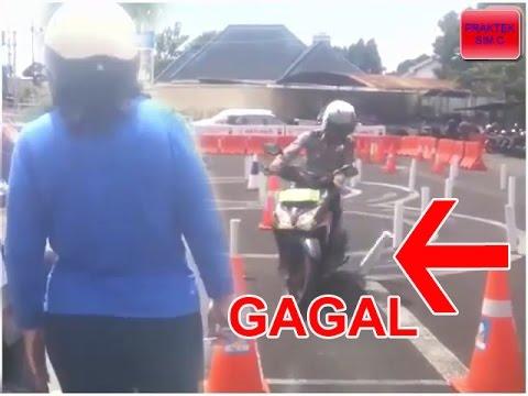 Kesal Gagal Terus Ujian Praktek SIM C, Emak Ini Nantangin Polisi, Hasilnya...