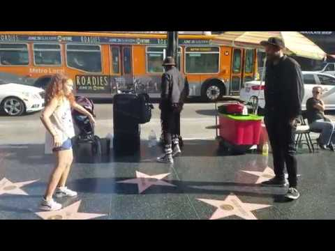 9year Old Girl Stops And Dances W/s  Street Performer