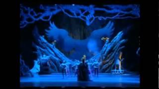 Лебединое озеро  Китайский акробатический балет(Шоу-балет Шанхайской акробатической труппы. Премьера в 2005 году. 2006 год - гастроли в Москве. Самый опасный..., 2015-07-28T13:00:57.000Z)