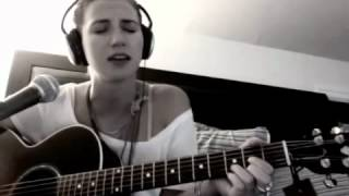 Hotel California - The Eagles (Acoustic Cover by Juliana Richer Daily)