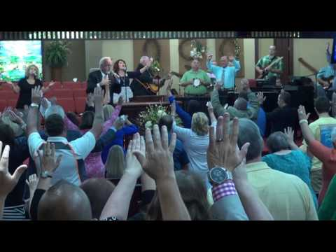 'Revelation Song' sung by The North Family Band during REVIVAL - Saturday, September 10, 2016