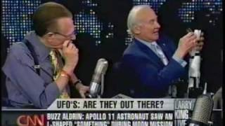Buzz Aldrin explains Apollo 11 UFO sighting - not an alien ship