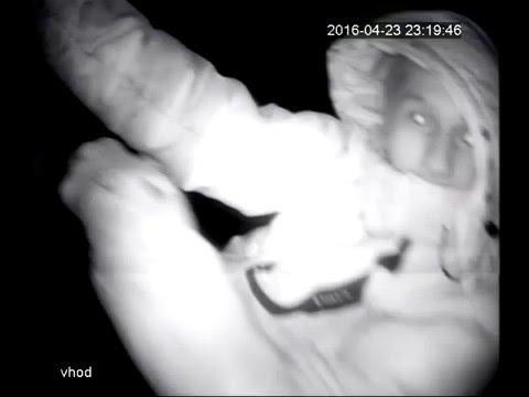 В Верхней Салде молодой человек украл из подъезда камеры наблюдения
