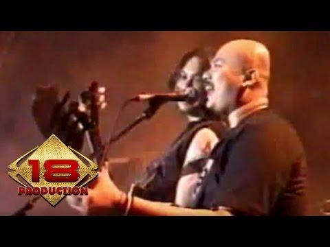 Netral - Desaku Yang Kucinta  (Live Konser Manado 16 Agustus 2006)