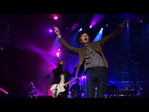 Beck - Sexx Laws – Live in Oakland