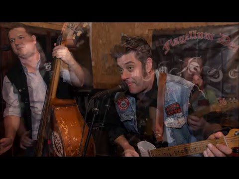 The Crazy Plumbers – The Devil Stole my Underwear