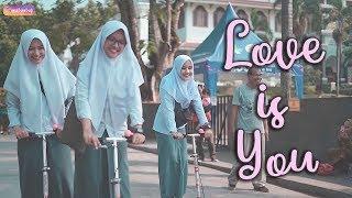 Cherrybelle - Love Is You [ Cover Taya, Reikhansa, Risma ] Putih Abu-abu