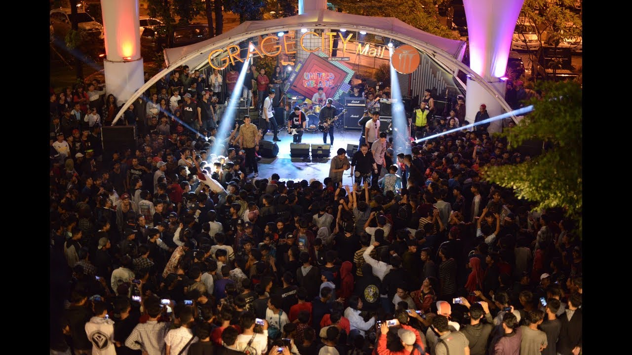 STAND HERE ALONE - SHOW RECAP ( Grage City Mall Cirebon Road To Hodgepodge  Fest 2019 )