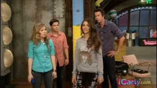 iCarly iHave a Question: Victoria Justice!