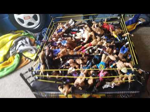 Cleaning up my wwe action figures