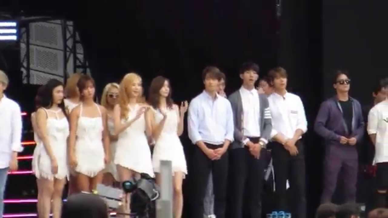Yonghwa Seohyun dating 2011