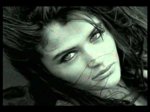 Chris Isaak - Wicked Game (Live) - YouTube