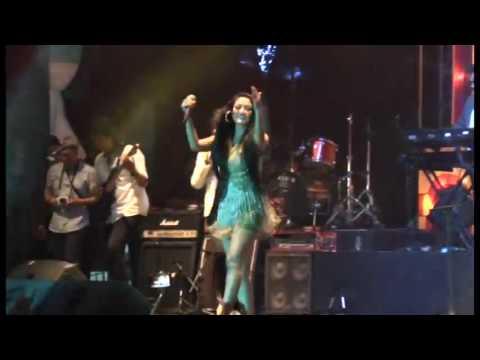 Siti Badriah feat Denias KDI - Goyang Senggol  Jateng Fair 2016 PRPP, SEMARANG