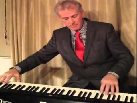 Paul Stapleton Cocktail Pianist