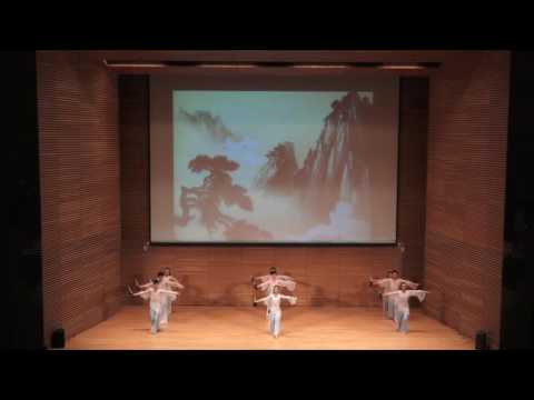 """Rhythm and Shadows 乐韵舞影"" by the Student Art Troupe of Renmin University of China"