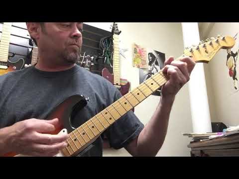 """how-to-play-""""zombie-""""-by-the-cranberries-guitar-lesson"""