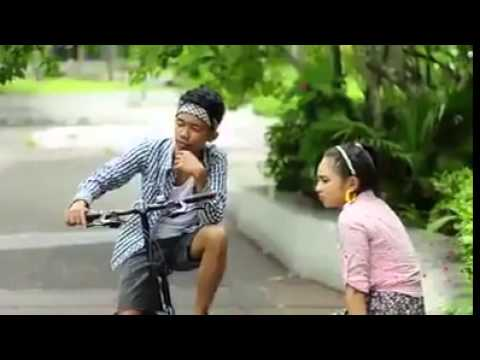 She's Dating The Gangster Trailer Parody