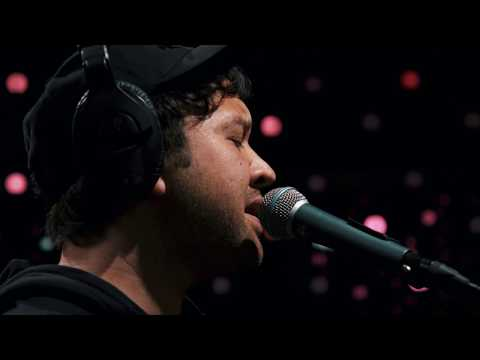 Unknown Mortal Orchestra - Hunnybee (Live on KEXP)