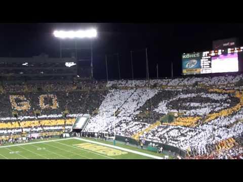 Green Bay Packers Card Stunts - NFL Kickoff Game 2011