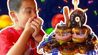 KAYLEN'S AMAZING 10TH BIRTHDAY VLOG! - MindofRez - DONUT AND MOZZARELLA STICK CAKE (FUN FAMILY TIME)