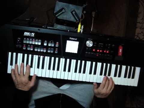 Roland BK-5 Gold Foxtrot demo.wmv