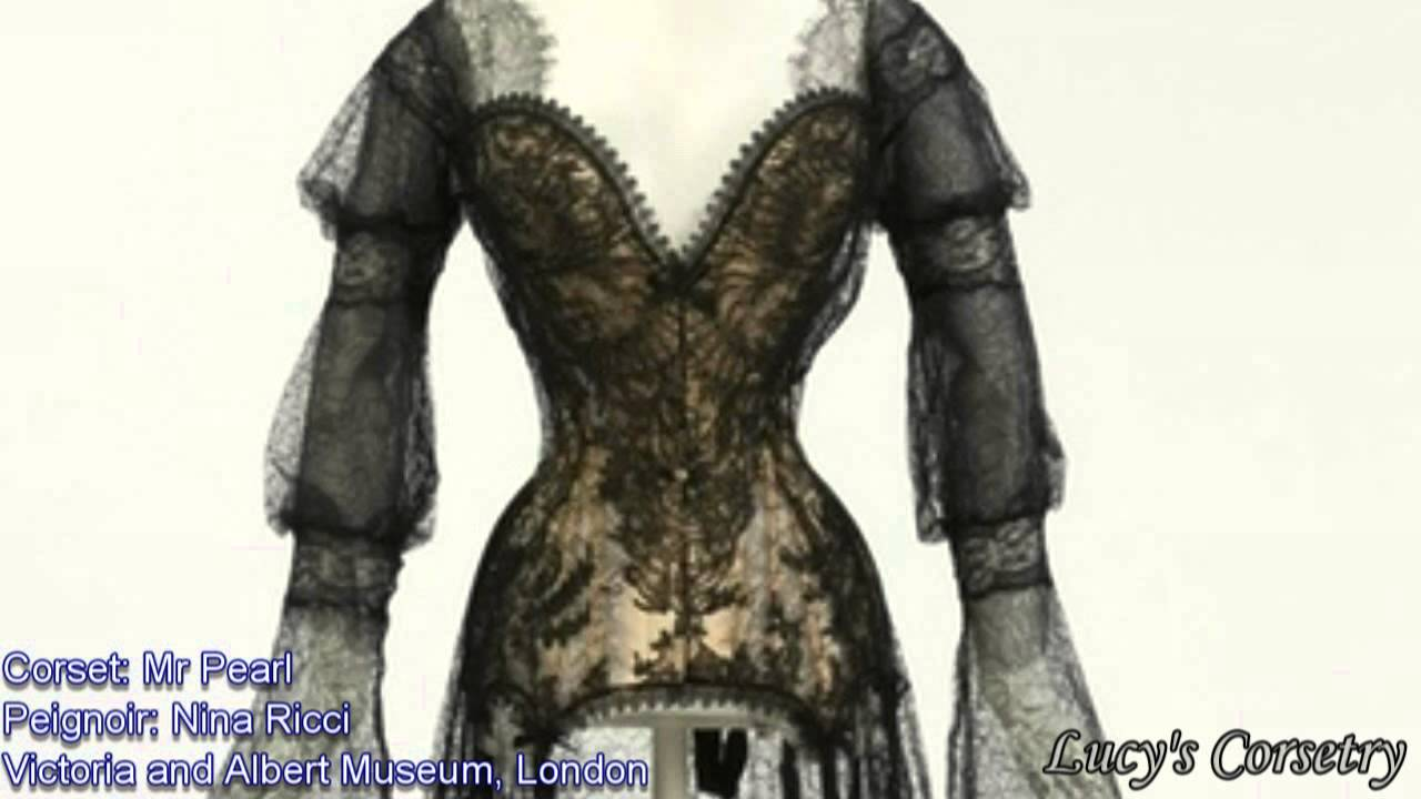 874dee272c8 30DoC  10 - My Favourite Corset of All Time