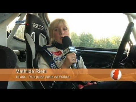 Mathilde, 16 ans... pilote de rallye!