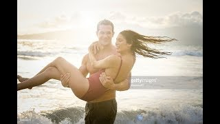 NEW COUPLE ENJOY SEA BATH IN DIGHA
