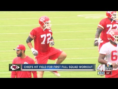 Kansas City Chiefs extend Eric Fisher