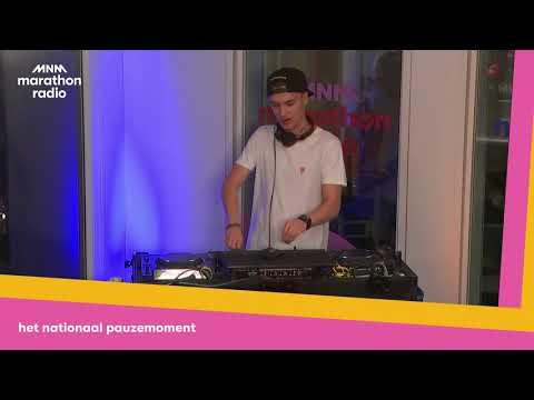 Marathonradio: 5napback on the DJ-Booth!