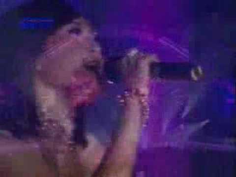 Indonesian Idol 4 : Rini -  Beacuse You Loved Me
