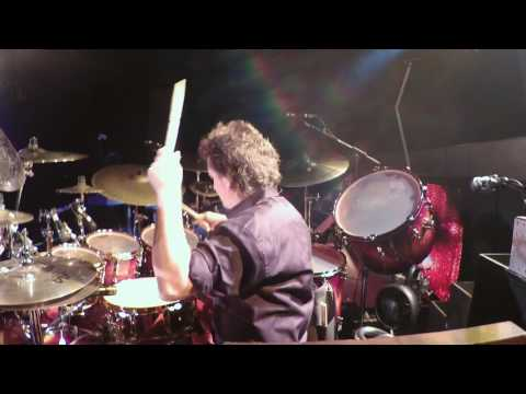 ComeSailAway-Todd Sucherman with Styx (middle section)