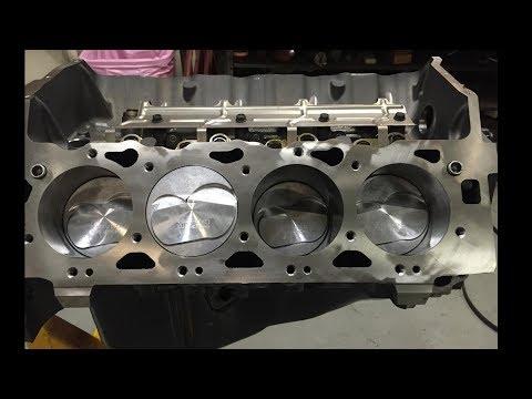 Big Block Chevy Engine Build 454 C I Vortec 7 4 L Chevrolet Pt 1 Of 2 Pts Youtube