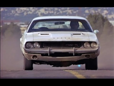 '68 Charger chases '70 Challenger in Vanishing Point (1997) - YouTube