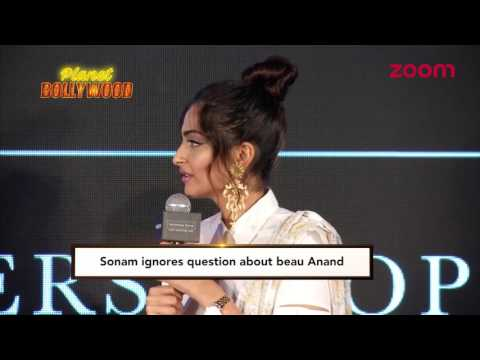 Thumbnail: Sonam Kapoor Ignores Questions Related To Beau Anand Ahuja | Bollywood News