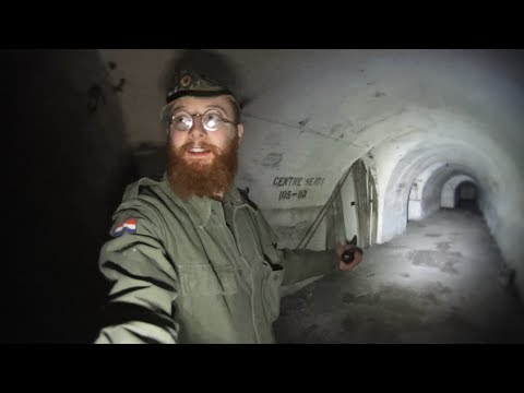 FORGOTTEN WW2 TUNNEL COMPLEX (WE COULD HAVE GOT LOST) - PART 1 -