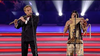 Download lagu Leo Rojas & Andrea Griminelli - Outstanding performance with Orchestra