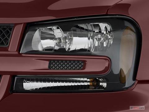 How To Replace Headlight 2004 Chevrolet Trailblazer Father Teaches