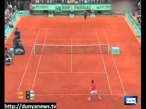 Rain stops Nadal, Djokovic in French Open final