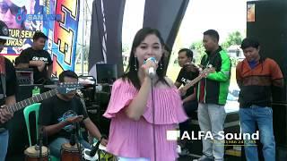 Demi Kowe Cover Dinda Nathalya ZELINDA MUSIC live Kliwonan Masaran