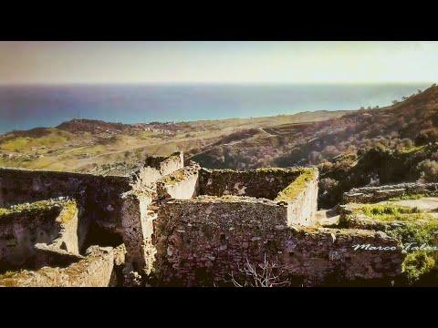 Brancaleone (Calabria, Italy) Aerial Drone 4K Video | In Volo Su Brancaleone (RC)