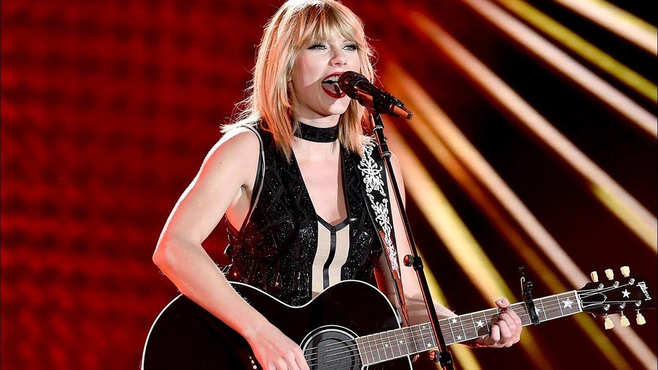 Taylor Swift - You Belong With Me (Live Formula 1 Austin,Texas 2016-10-22)