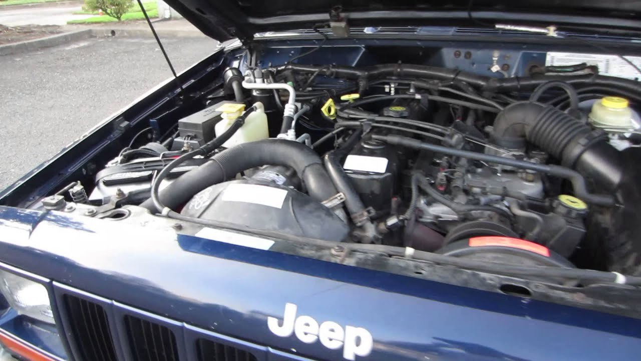 2000 Jeep Cherokee 4.0L Engine Bay - YouTube