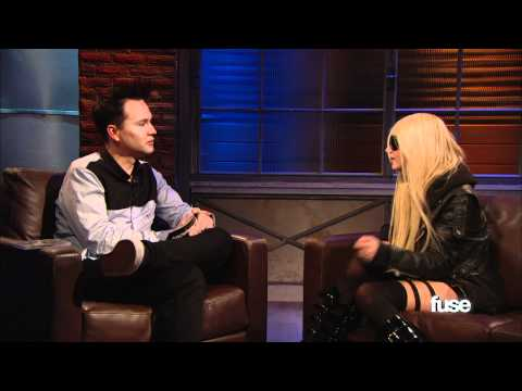 Taylor Momsen Hates Being Taken Out Of Context - Hoppus On Music
