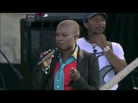 Angelique Kidjo - Full Concert - 08/13/06 - Newport Jazz Festival (OFFICIAL)