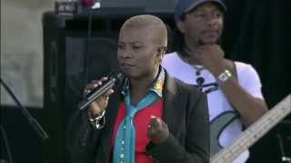 Angelique Kidjo - Full Concert - 08 / 13 / 06 - Newport Jazz Festival (OFFICIAL)