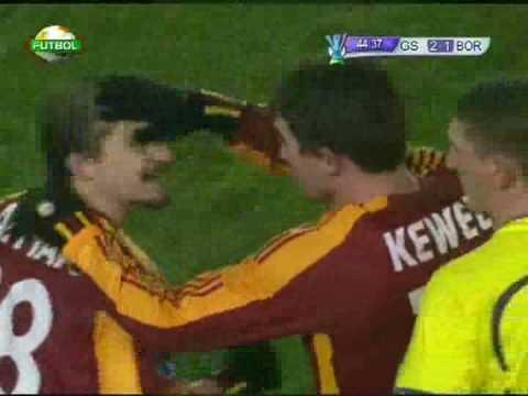 Galatasaray - Bordeaux  Kewell'in attigi süper gol