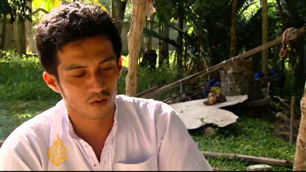 Thailand says Muslim fighters seeking peace