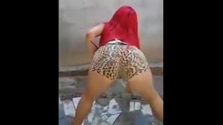 Dançarinas de Funk – Ruivinha Topzinha Dançando Funk